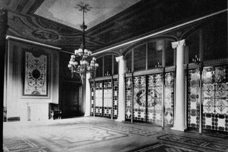 Le hall d'entrée de la Maison Blanche en 1889